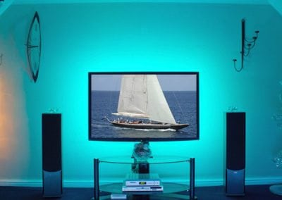 Our TV cyan yacht